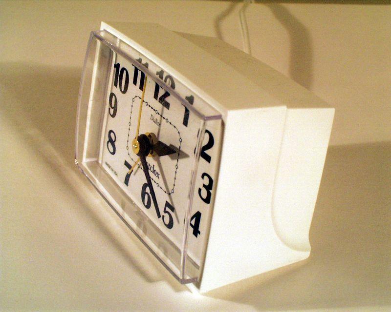 AlarmClockB004